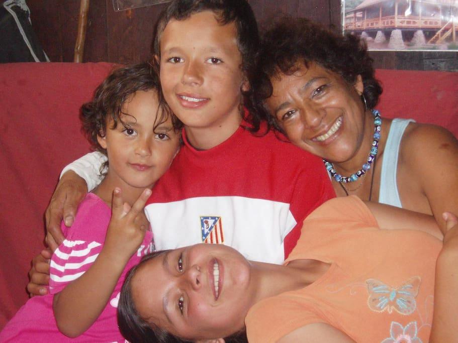 Con mis nietos