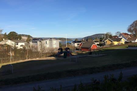Leilighet nær strand i Drøbak - Drøbak