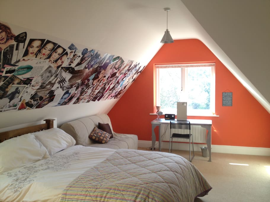 Trendy and colourful room