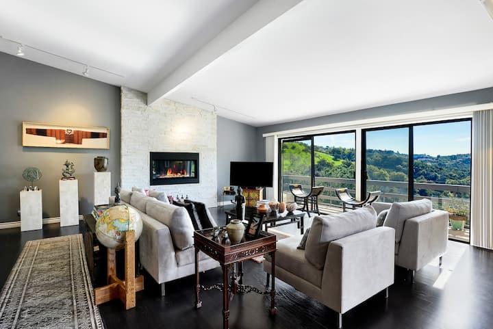 NEW LISTING: Elegant Home inCelebrity Neighborhood