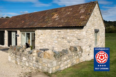 Cart Shed Cottage: Sleeps 2 - Bathampton - 一軒家
