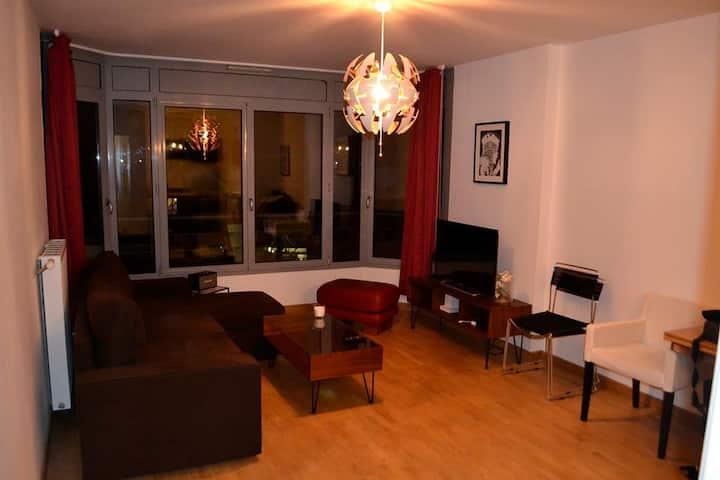 Bel appartement meublé de 45 m2 proche de Paris