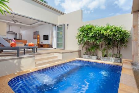 Romantic 1 BD luxury pool villa near Bangtao beach