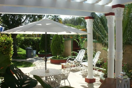 Rooms For Rent in Varadero, Cuba - Varadero - Bed & Breakfast