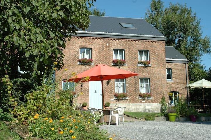 La Grange d'Ychippe - Ardenne 12 p. - Ciney - Maison