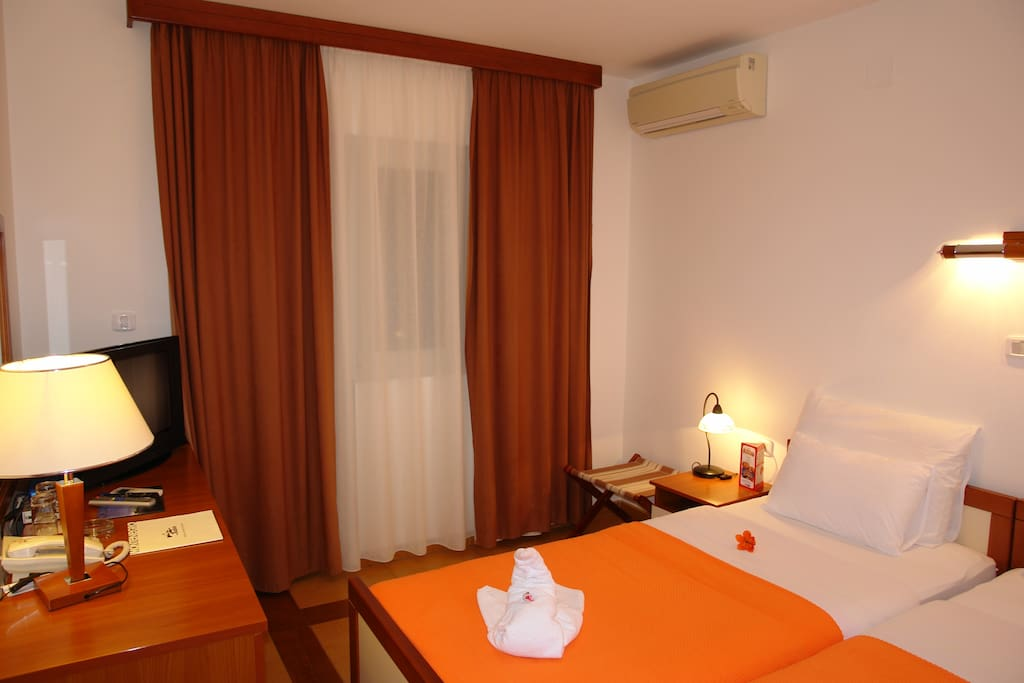 Double room is comfortable with big balcony, equipped with mini-bar, safe box, cable TV, direct dial telephone and Wi-Fi connection, radio alarm clock, hairdryer, bathrobe, towel dryers and smoke detectors.