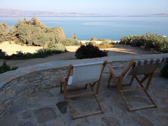 Beach House VILLA MARIA /4+1 sleeps - Naxos - Casa