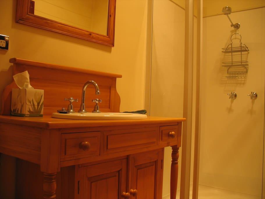 B&B 1 Bathroom ensuite