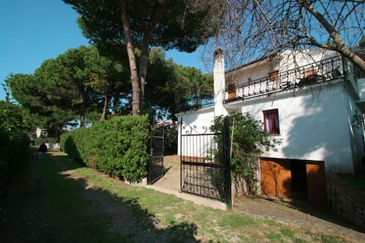 Villa Sperlonga Sul Mare