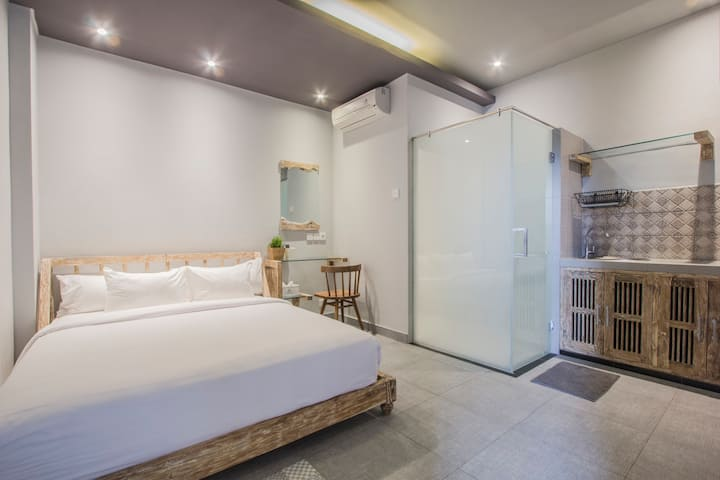 Stylish Studio Apartment with WIFI at Ubud