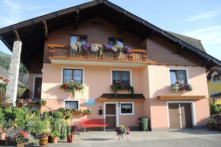 "Apartment****  ""TIME FOR TWO"" - Haus im Ennstal"