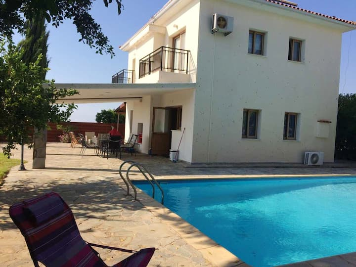House with 3 bedrooms in Argaka, with wonderful sea view, private pool, enclosed garden - 200 m from the beach