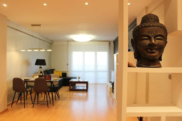 Apartamento EL budha.  WIFI gratis, Piscina.