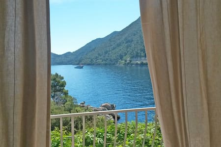 Mljet 2 You - seafront apartment 2+2