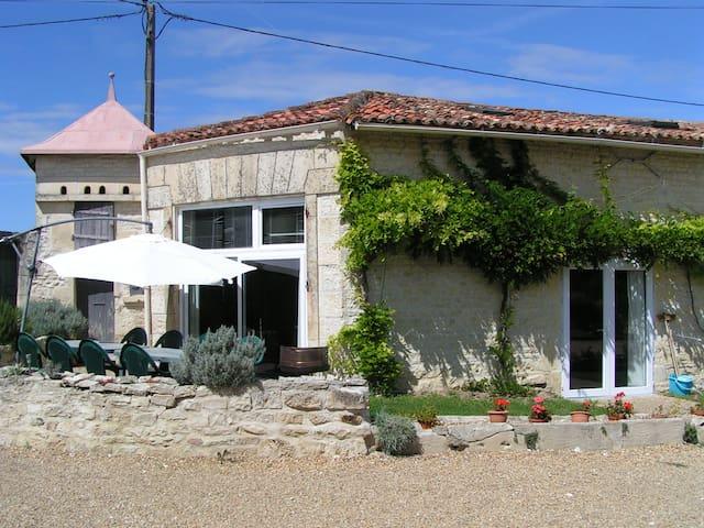 Hercules Gite in 6 gite complex - Dœuil-sur-le-Mignon - House