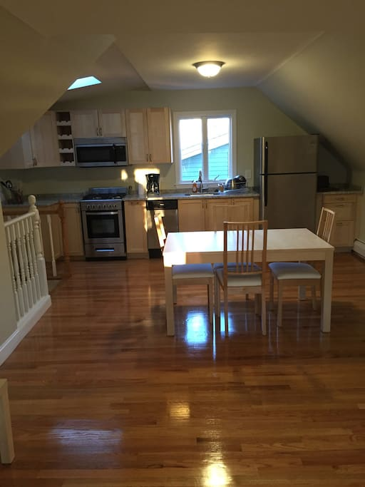 Spacious 2 Bedroom Apartment Houses For Rent In Boston