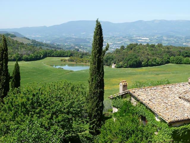 DellaGenga B&B Pieve DoubleSuite 4p - Province of Perugia - Huis