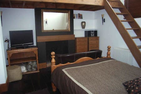 self-catering flat towncentre east - Colchester