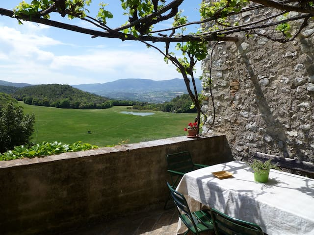 DellaGenga Resort Torre Colombaia - Spoleto - Daire
