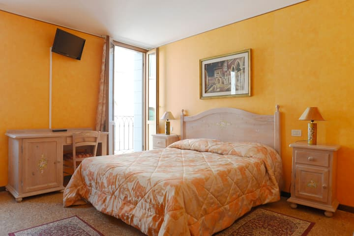 Triple Room 1 - Best Holidays Venice