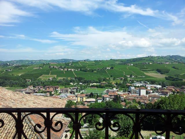 Trilocale Langhe in antico borgo - Neive - Pis