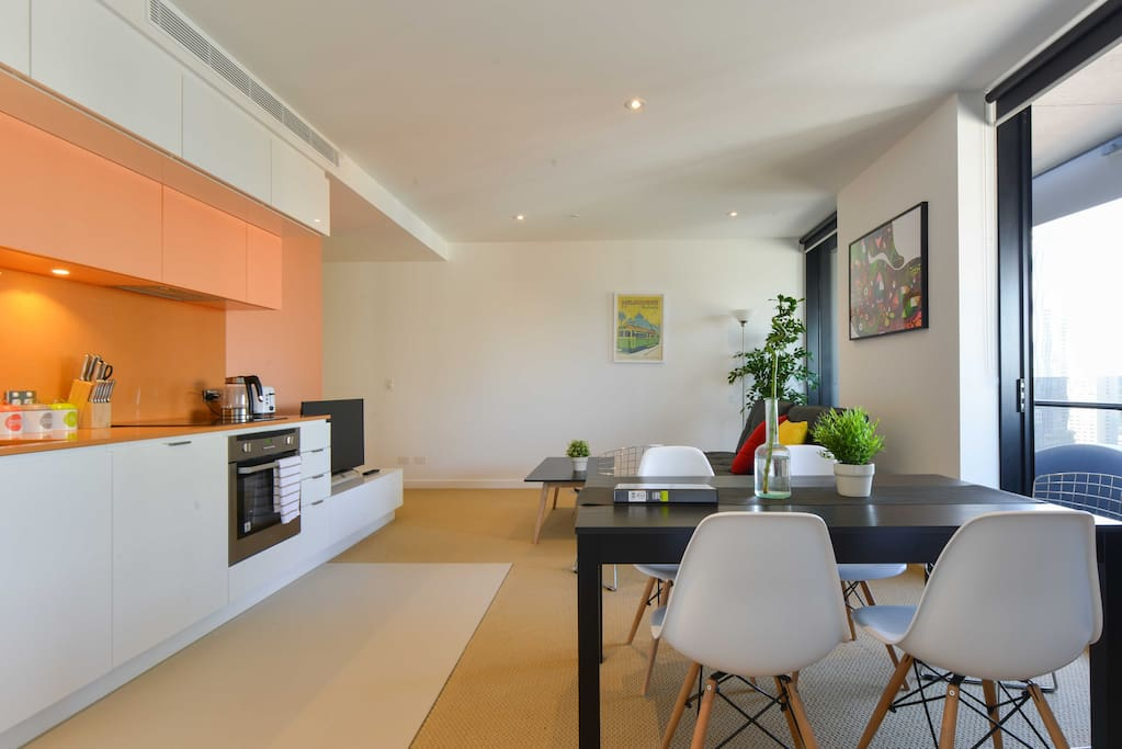 Spacious Living room + Kitchen