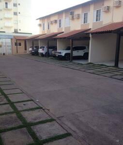 Qrto mobiliado em condomínio fechado próximo UFMT - Cuiabá