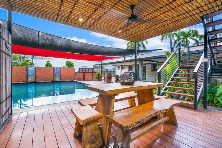 Tropical Set Bungalow, Resort Size Pool, Air Con