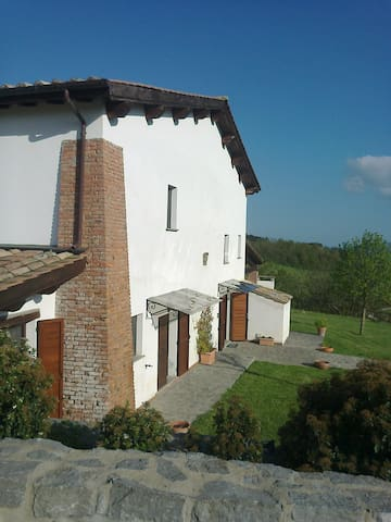 Relaxing Holidays in FIOGENE, Tuscia - Celleno - Apartament