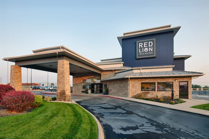 Extended stay at Red Lion Inn & Suites Boise Idaho