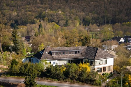 Cozy flat in Nationalpark Eifel, private entrance - Schleiden