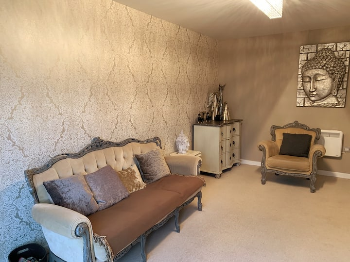 Modern 2 Bed flat in Gosforth *10 mins from city*