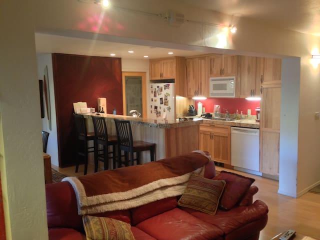 Great location —Spacious 3 Bedroom in Elkhorn!