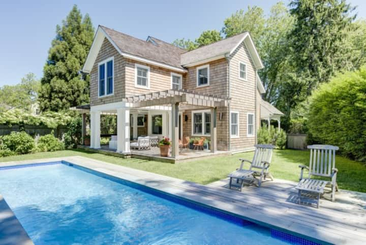 Bridgehampton South Home