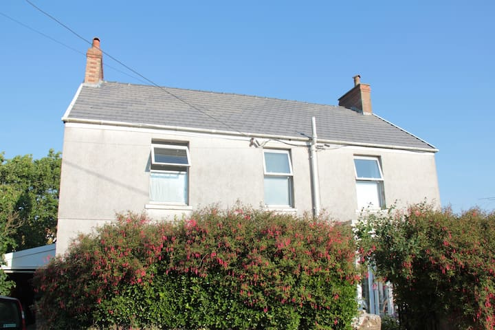 Family Holiday House in Gower