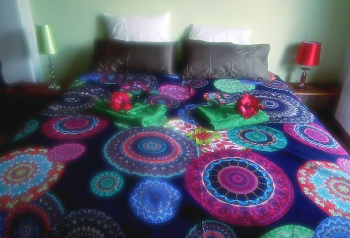 2 single beds together or apart