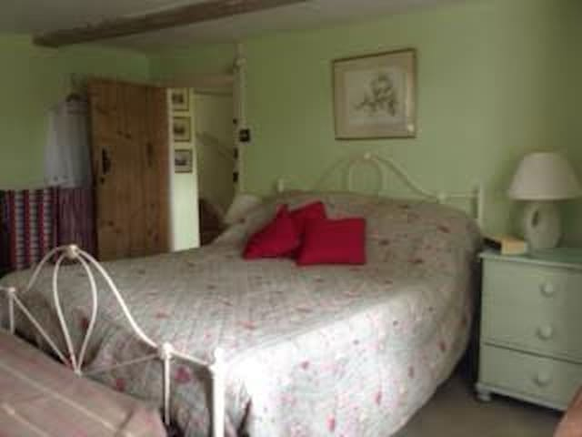 Welcoming House in the Country - Suffolk - Bed & Breakfast