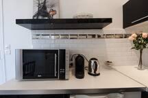 Micro-waves - Nespresso coffea-mashine