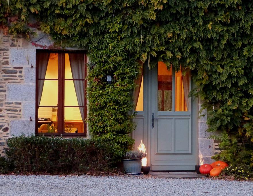 Le Pas Cru luxury bed and breakfast near Le Mont Saint Michel & Saint Malo France