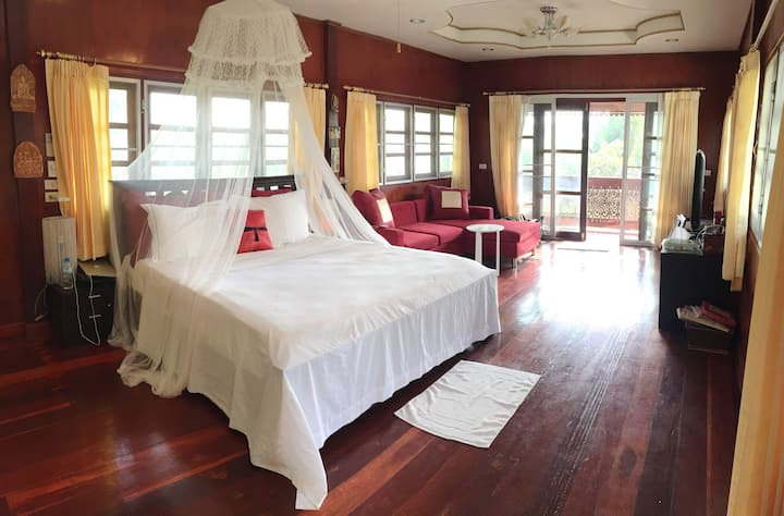 Countryside villa in Korat, very Peaceful