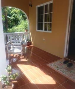 Fergie's Retreat - Port Antonio - House