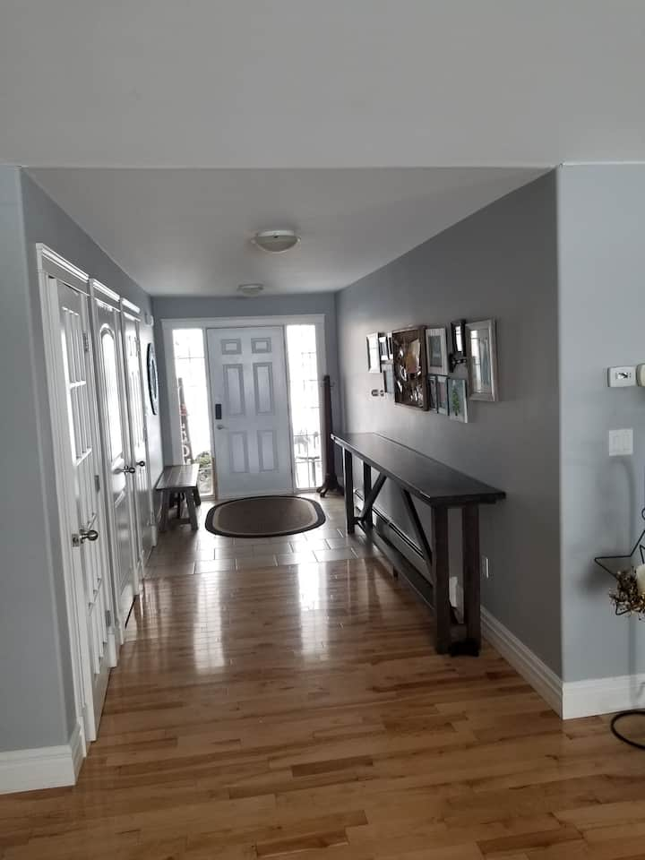 Family friendly. Close to Charlottetown and beach