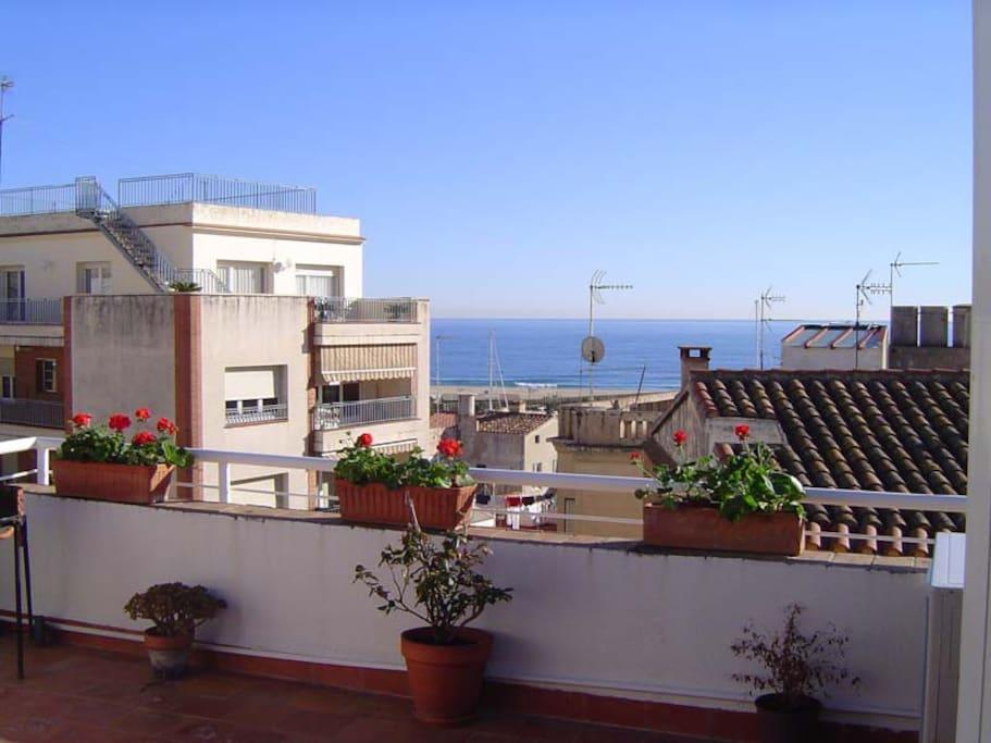Terraza de 20m2 y vistas al mar