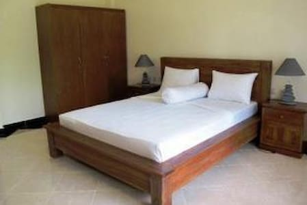 Single Bed @Adi Jaya Cottages Ubud