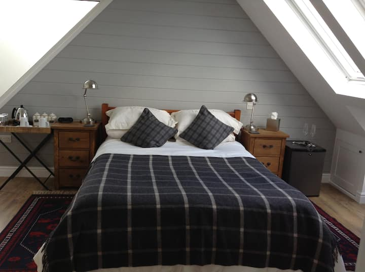 The Loft Room - Dartmouth, Devon