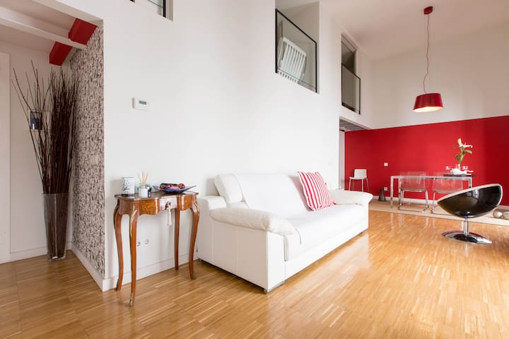 ROOM IN LOFT/ City Center - Madrid - Bed & Breakfast