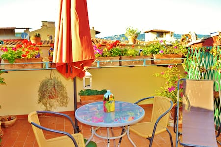 RooftopTerrace Room with a view B&B - Florence - Bed & Breakfast