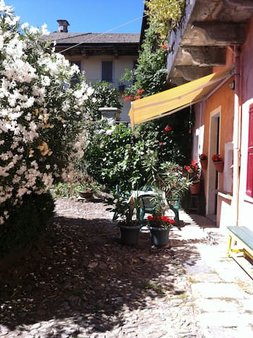 "Holiday house "" gli oleandri """