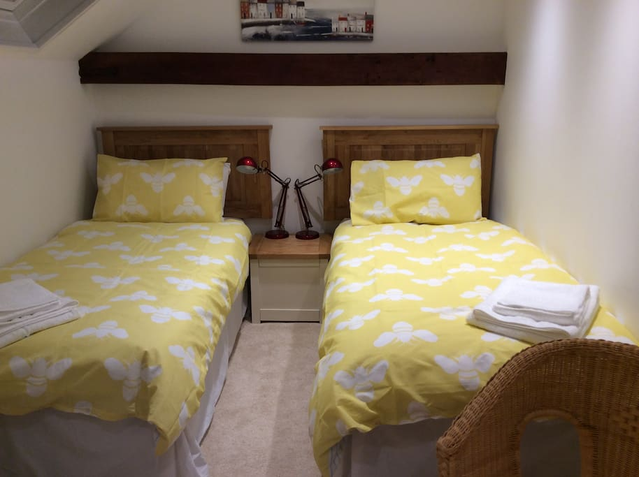 The twin room in Summer