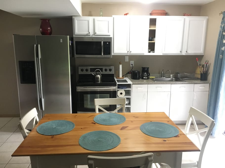 Updated kitchen, stainless steel appliances